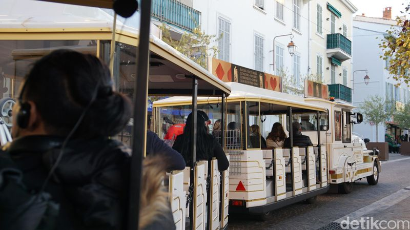detikTravel menjajal naik kereta wisata saat mengunjungi Kota Nice dan Cannes Prancis pada akhir tahun 2017 lalu, atas undangan Atout France (Afif Farhan/detikTravel)