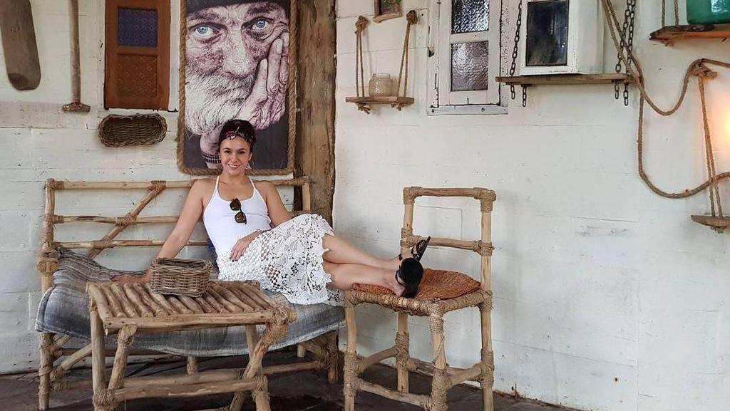 Inspirasi Liburan ke Bali dari Wulan Guritno