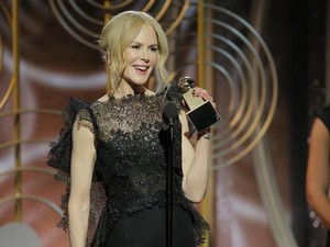 Hiii... Nicole Kidman Ternyata Doyan Makan Ulat!