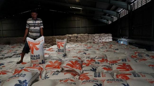 20.000 Ton Beras Bakal Dibuang, Bulog Minta Ganti Rugi ke Sri Mulyani