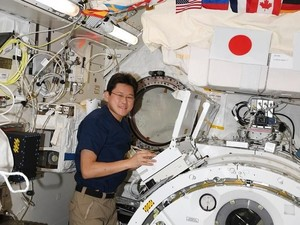 3 Minggu di Luar Angkasa, Tinggi Badan Astronot Ini Bertambah 9 Cm