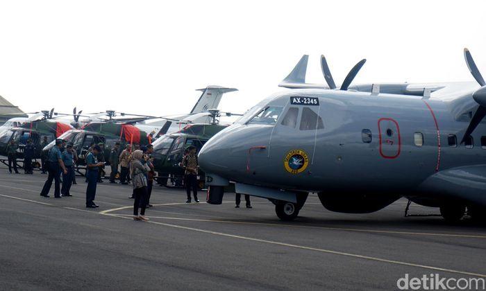 Enam alutista tersebut terdiri dari tiga unit helikopter serang jenis Fennec untuk TNI Angkatan Darat (AD), dua unit helikopter Anti Kapal Selam (AKS) dan satu unit pesawat udara (Pesud) CN235-220 Maritime Patrol Aircraft (MPA) untuk TNI Angkatan Laut (AL).