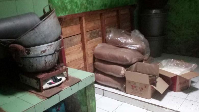 Pabrik Coklat Berisi Baut Berhenti Produksi