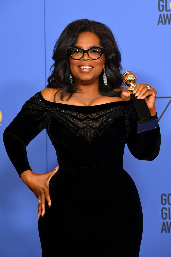 Biar bisa terlelap, Oprah Winfrey punya kebiasannya sendiri. Di malam hari, saya mandi sebelum tidur. Itu sudah jadi ritual, katanya dikutip dari Harpers Bazaar. (Foto: Getty Images)