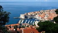 Sejak saat itu, Karantina mulai menyebar dan diterapkan di berbagai penjuru dunia. Kini, Lazarettos of Dubrovnik dikenal sebagai daerah tujuan wisata. (ELVIS BARUKCIC/AFP/AFP/Getty Images)