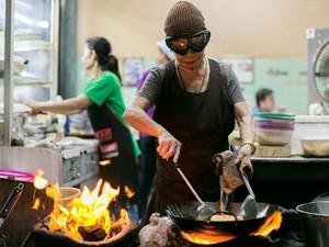 Kedai Kaki Lima Jay Fai di Bangkok Kembali Masuk Daftar Michelin Guide Bangkok