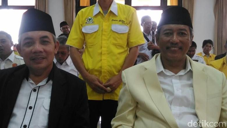 Diantar Massa Pendukung, Zaenal-Rohadi Daftar Pilbup Magelang