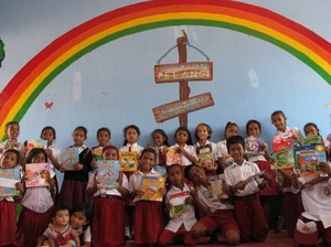 Cerita Bunda Mengumpulkan Buku untuk Anak Daerah Terpencil