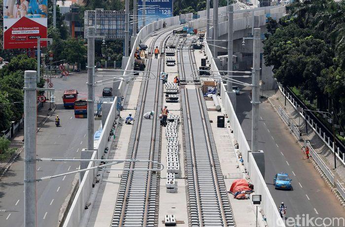 Penampakan proyek MRT di Jalan Panglima Polim Raya, Jakarta, Rabu (10/1/2018).