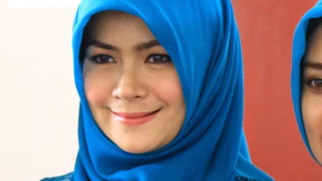 Deretan Istri Cantik Berhijab di Balik Kemenangan Pilkada 2018