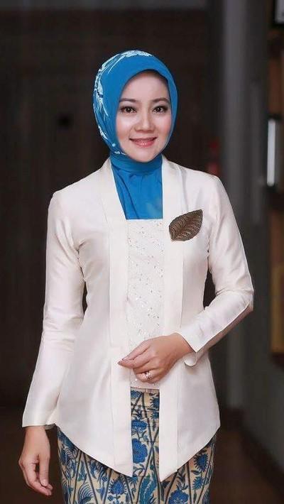 Tutorial hijab ala Atalia Kamil. Foto: Instagram