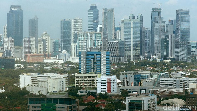 Beginilah suasana lanskap kehidupan di Selatan Jakarta yang terlihat dari ketinggian. Jumlah kepadatan penduduk disana mencapai angka 15.318,68 jiwa/km2.