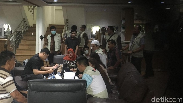 Foto: Kantor Fredrich Yunadi Digeledah KPK