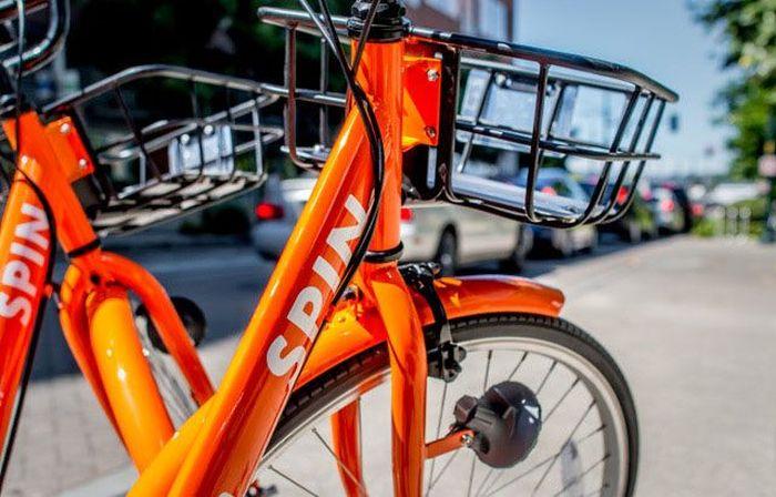 Terdapat sebuah baterai yang bisa diisi dengan cepat. Sepeda ini bisa melaju dengan kecepataan 15 mil per jam. Istimewa/Techcrunch.