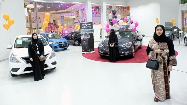 Ini Penampakan Showroom Mobil Pertama Khusus Wanita di Saudi