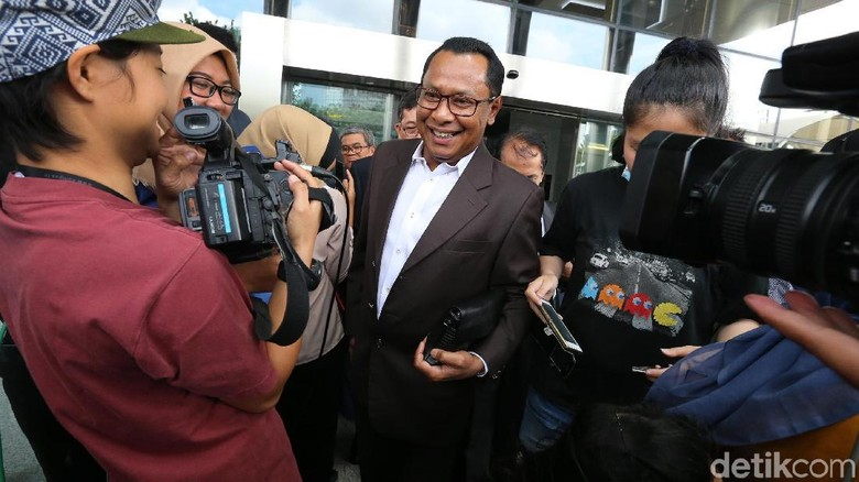 Ajukan Sidang Etik di Peradi, Fredrich Minta Jadwal Ulang Panggilan KPK