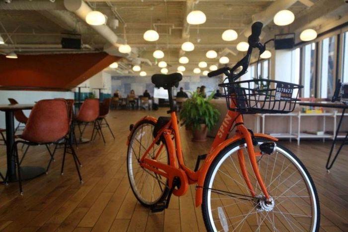 Pembuatan sepeda tersebut diilhami oleh tujuan perusahaan yang ingin mempermudah masyarakat perkotaan dalam bersepeda. Istimewa/Inhabitat.