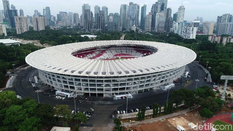 Stadion Utama Gelora Bung Karno telah selesai direnovasi. Begini penampakannya dari atas, Jumat (12/1/2018).