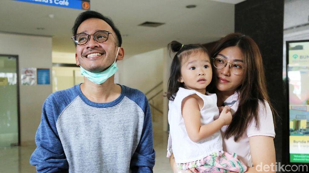 Ruben Onsu Beri Kejutan Ulang Tahun di Mal, Sarwendah Menangis