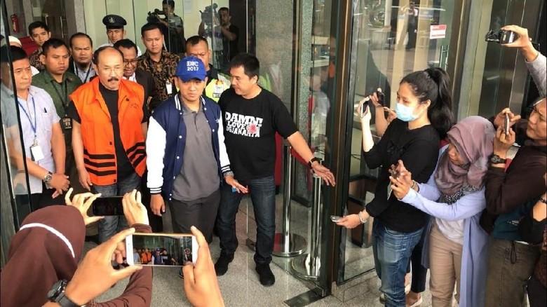 Fredrich Yunadi Resmi Ditahan KPK
