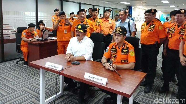 Kabasarnas Curhat Kurang Personel ke Panglima TNI