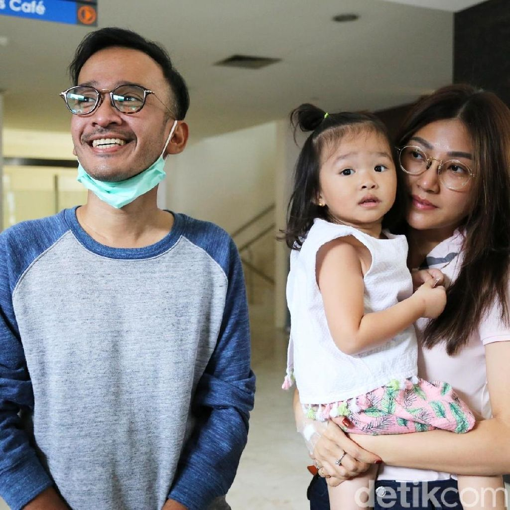 Diproduseri Ruben Onsu, Sarwendah Daur Ulang Lagu Dewi Sandra