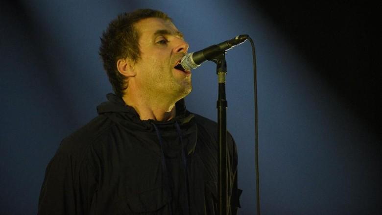 Liam Gallagher Guncang Jakarta dengan Lagu-lagu Oasis