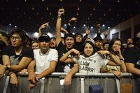 Penonton Liam Gallagher di Jakarta.