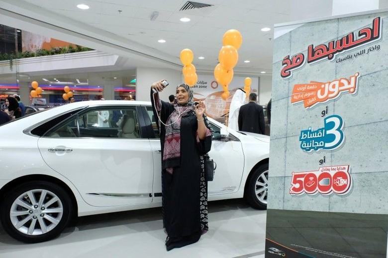 Arab Saudi Buat Diler Mobil Khusus Wanita. Foto: Reuters