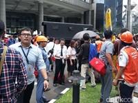 Fakta Seputar Insiden Ambruknya Selasar Gedung BEI
