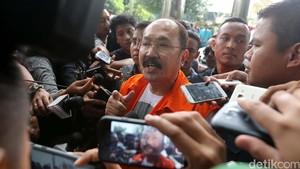 Pemeriksaan Perdana Fredrich Yunadi Pasca Ditahan