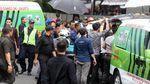 Penjagaan Ketat Polisi di TKP Robohnya Selasar BEI