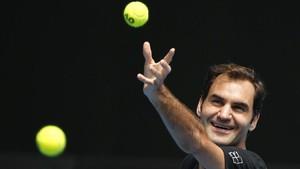Sudah Tua, Federer Merasa Tak Seharusnya Jadi Favorit