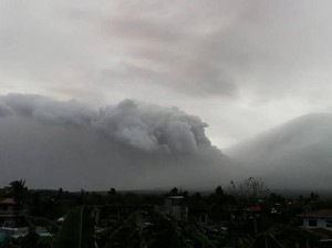 Penampakan Gunung Mayon di Filipina yang Diprediksi Akan Meletus