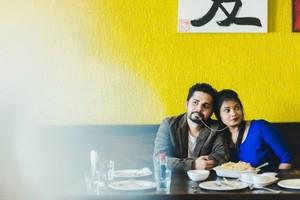 Mengintip 10 Romantisme Pecinta Makanan Berfoto Prewedding