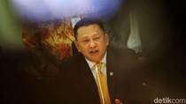 Ketua DPR: Saya Angkat Topi ke Presiden yang Tak Mundur Bangun Papua