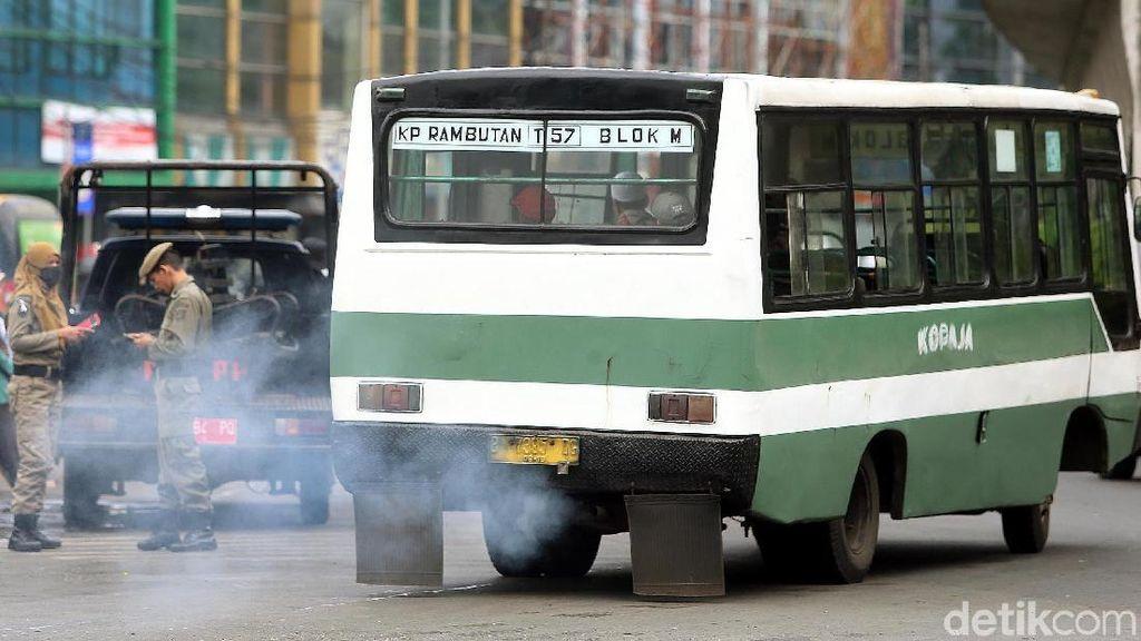 Polusi di Jakarta Tinggi, Dokter Paru Ingatkan Risiko Kanker