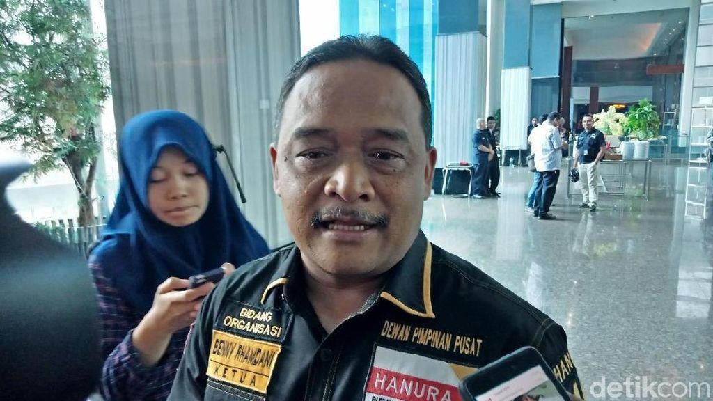 TKN: Ada Gerombolan Berperilaku Barbar yang Sebar Hoax Jokowi