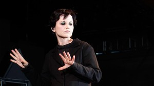 Di Samping Bipolar, Dolores The Cranberries Juga Akrab dengan Depresi