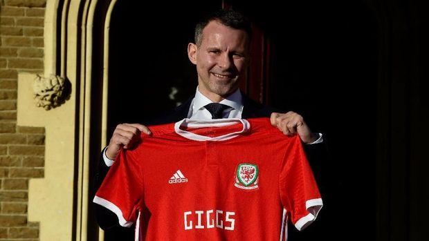 Ryan Giggs kini menjadi pelatih timnas Wales.