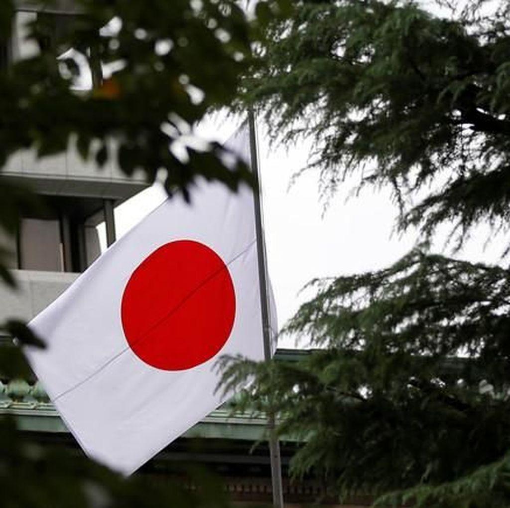 Sopir di Jepang Ditangkap karena Ngekor Ambulans Terobos Lampu Merah