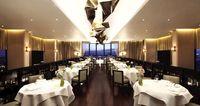 Restoran dengan bintang Michellin (Hilton)