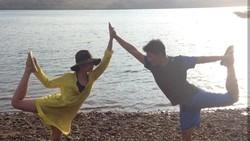 Chelsea dan Glenn adalah pasangan artis yang dikenal rutin olahraga. Begini gaya mereka saat menghabiskan waktu romantisnya bersama dengan olahraga.