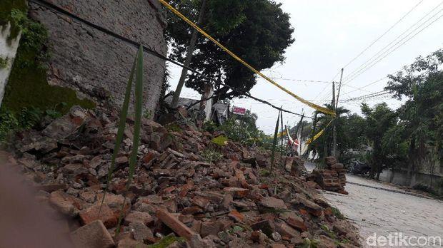 Tembok Ambruk Keraton Surakarta Belum Pernah Diperbaiki Sejak PB X