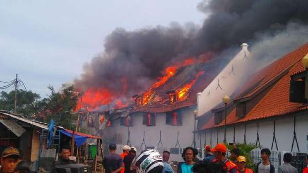 Video: Museum Bahari Jakarta Terbakar