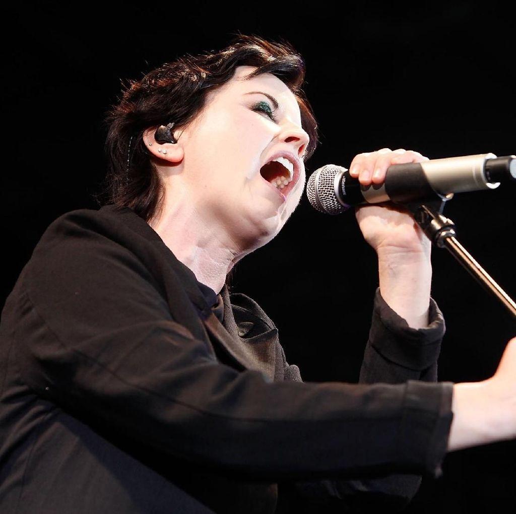 Mendiang Vokalis The Cranberries Bakal Dihidupkan Kembali