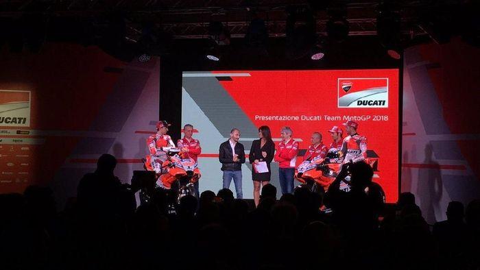 Ducati meluncurkan Desmosedici GP18 di Bologna, Italia, Senin (15/1/2018). (Foto: Twitter @DucatiMotor)