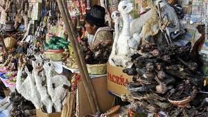 Bukan Sembako, Pasar Ini Hanya Jual Jimat