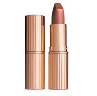 5 Pilihan Lipstik Warna Nude untuk Tampil Cantik Seperti Meghan Markle