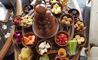 Sundara: Saat Secangkir Earl Grey Ditemani 'Chocolate Fountain' yang Lengkap